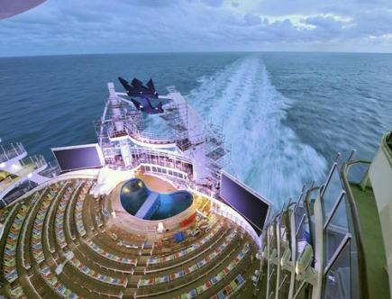 oasis-of-the-seas-aqua-theater